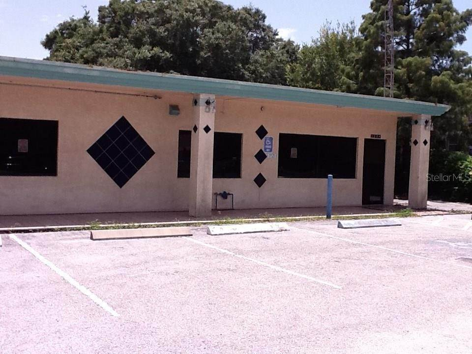 Commercial for Sale at 5004 TANGERINE AVENUE S Gulfport, Florida 33707 United States