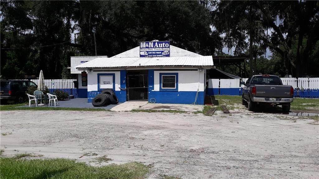 Commercial for Sale at 18 S MARKET BOULEVARD Webster, Florida 33597 United States