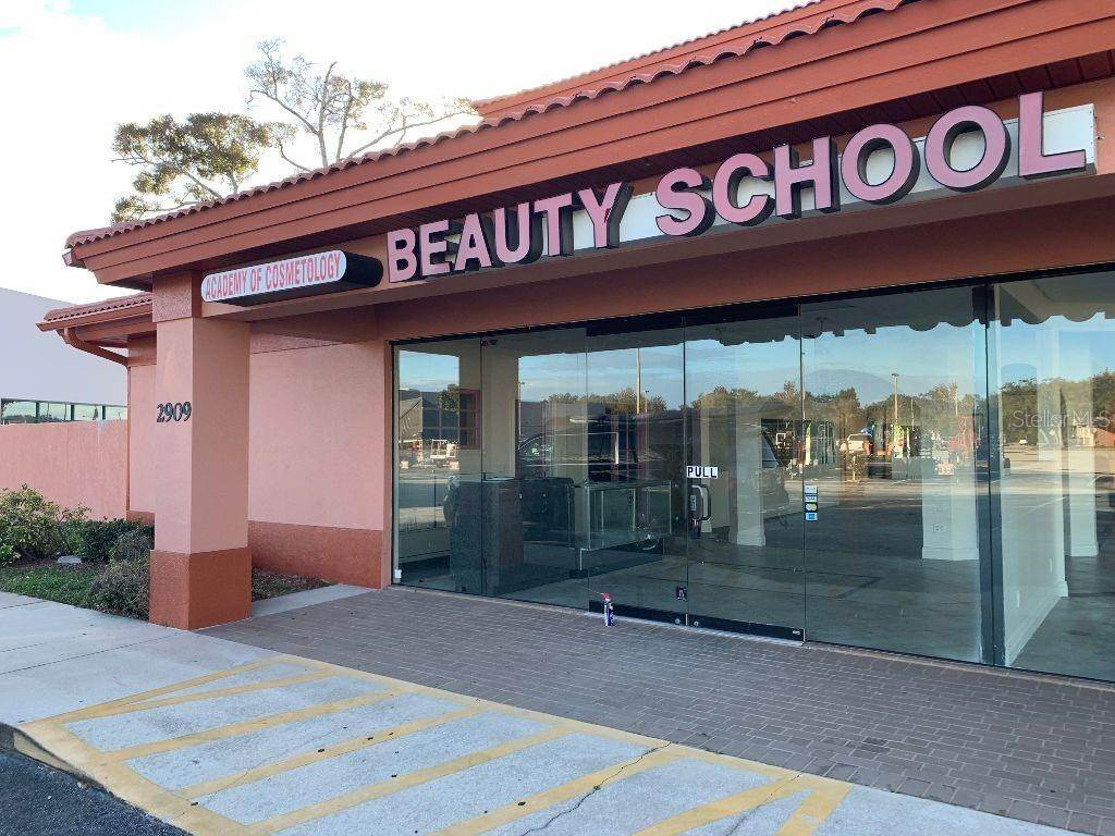 Commercial for Sale at 2909 W NEW HAVEN AVENUE West Melbourne, Florida 32904 United States