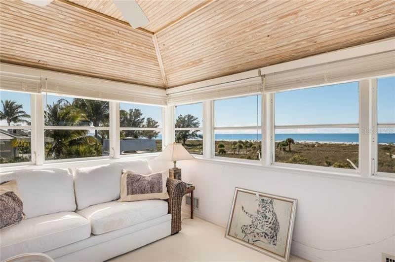 18. Single Family Homes for Sale at 16430 GULF SHORES DRIVE Boca Grande, Florida 33921 United States