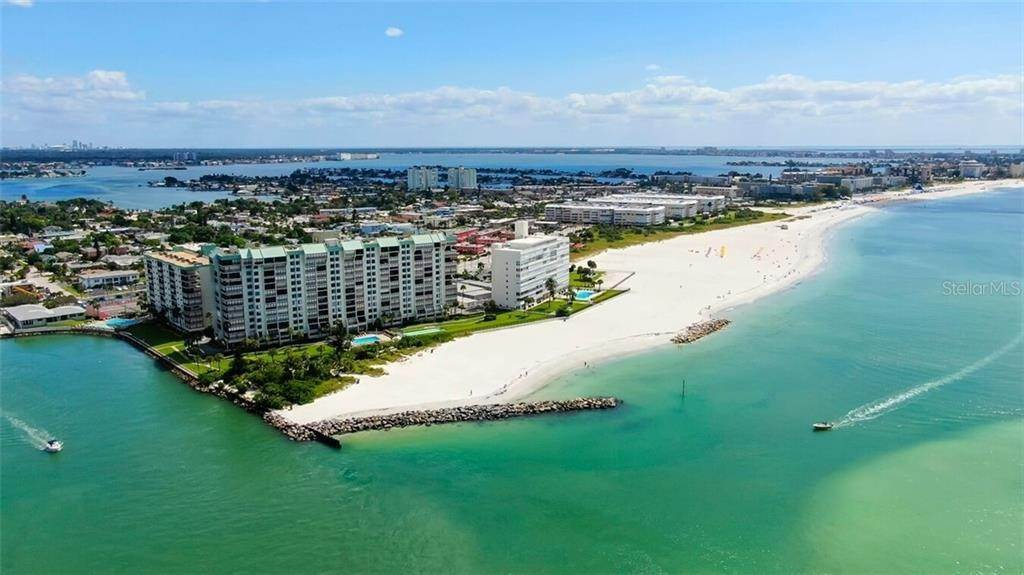 Condominiums en 7100 SUNSET WAY 409 St. Pete Beach, Florida 33706 Estados Unidos