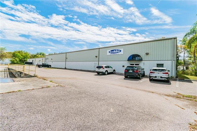 2. Commercial for Sale at 2401 AIRPORT ROAD Plant City, Florida 33563 United States