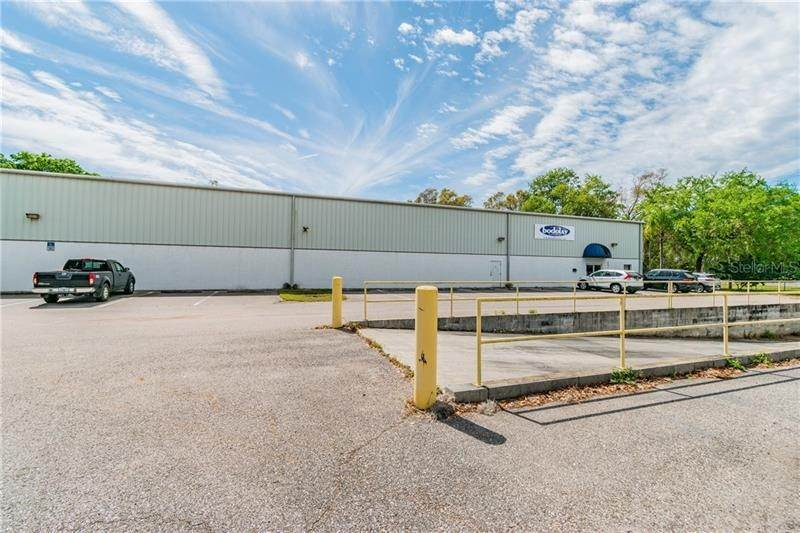 11. Commercial for Sale at 2401 AIRPORT ROAD Plant City, Florida 33563 United States