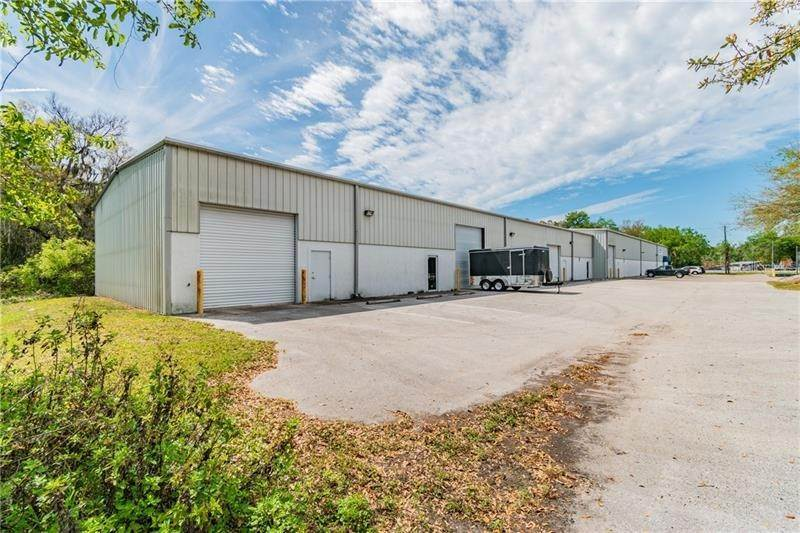 3. Commercial for Sale at 2401 AIRPORT ROAD Plant City, Florida 33563 United States