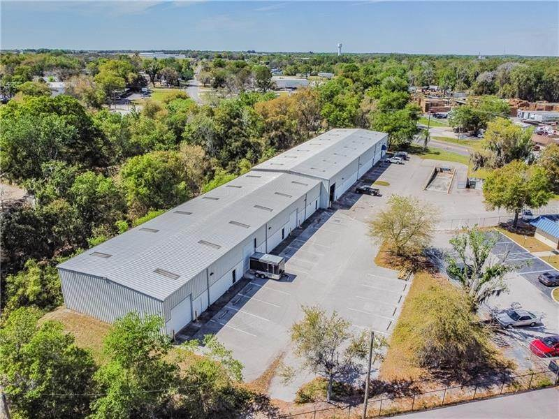 7. Commercial for Sale at 2401 AIRPORT ROAD Plant City, Florida 33563 United States