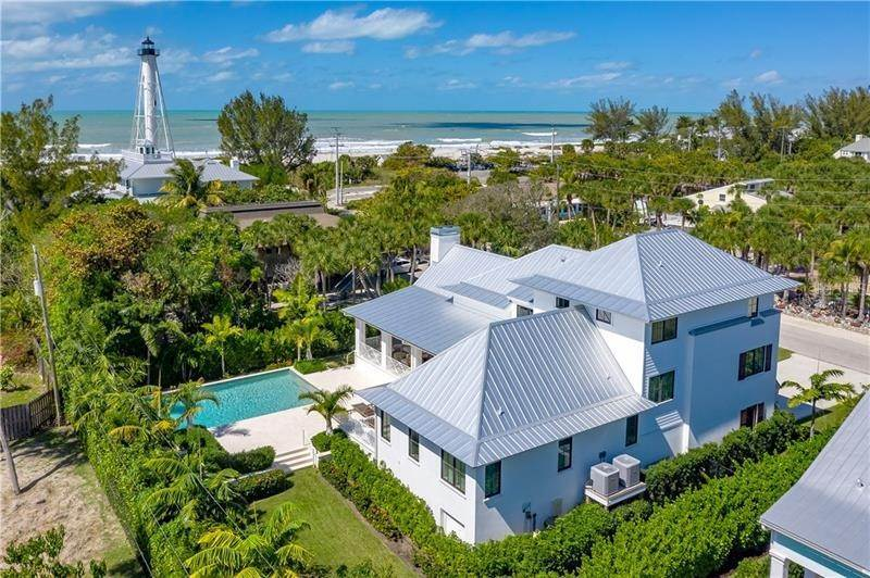 15. Single Family Homes for Sale at 220 WHEELER ROAD Boca Grande, Florida 33921 United States