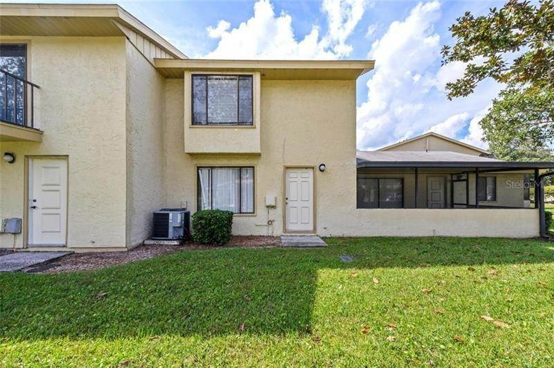 4. townhouses for Sale at 9011 PEBBLE CREEK DRIVE Tampa, Florida 33647 United States