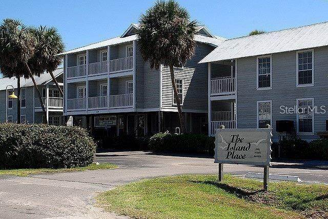 Condominiums for Sale at 550 1ST STREET 110 Cedar Key, Florida 32625 United States