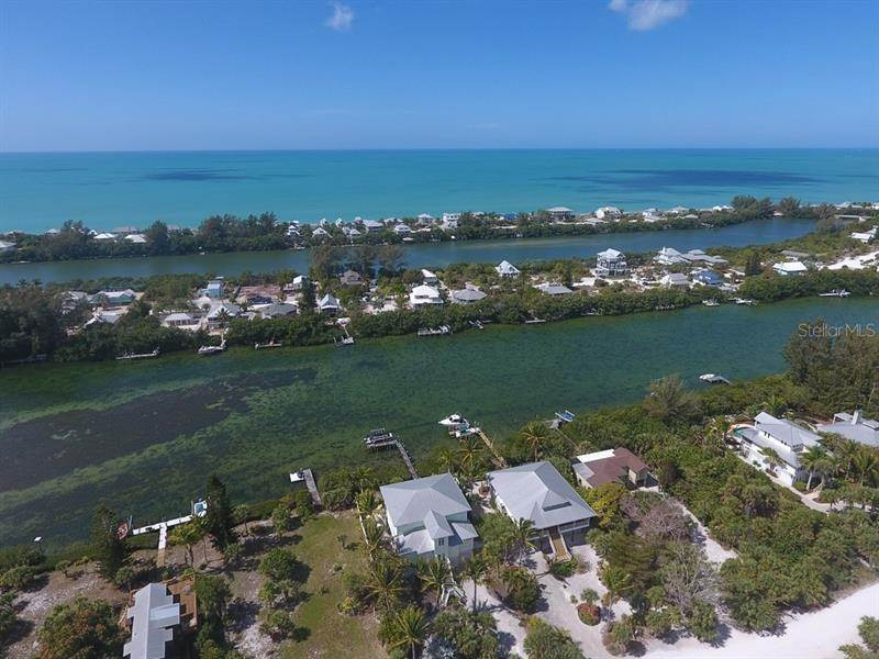 5. Single Family Homes for Sale at 241 KETTLE HARBOR DRIVE Placida, Florida 33946 United States
