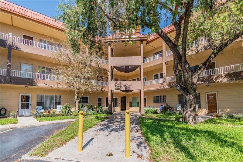Condominiums for Sale at 2402 ECUADORIAN WAY 34 Clearwater, Florida 33763 United States