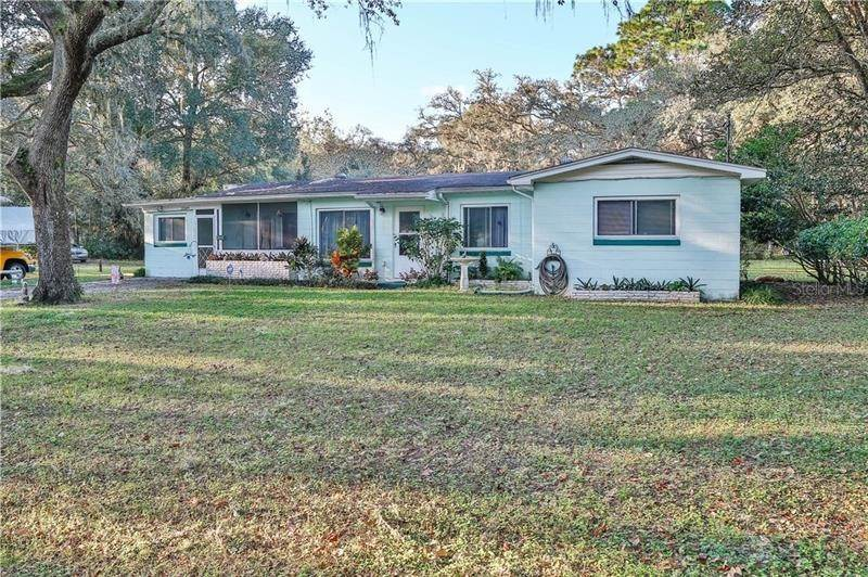 Single Family Homes for Sale at 33349 PENNSYLVANIA AVENUE Ridge Manor, Florida 33523 United States