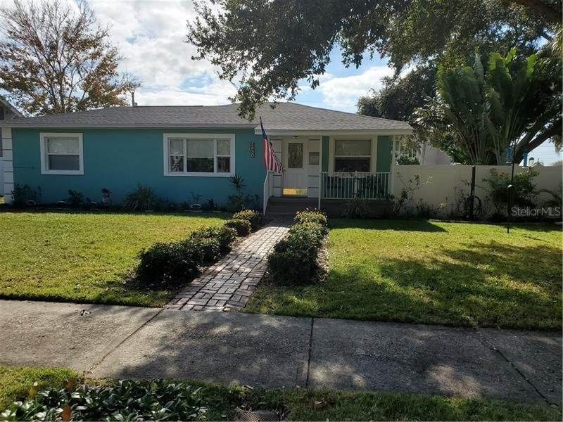 2. Single Family Homes for Sale at 7430 2ND AVENUE N St. Petersburg, Florida 33710 United States