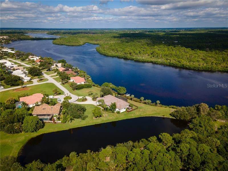 12. Single Family Homes for Sale at 250 & 260 CORAL CREEK DRIVE Placida, Florida 33946 United States