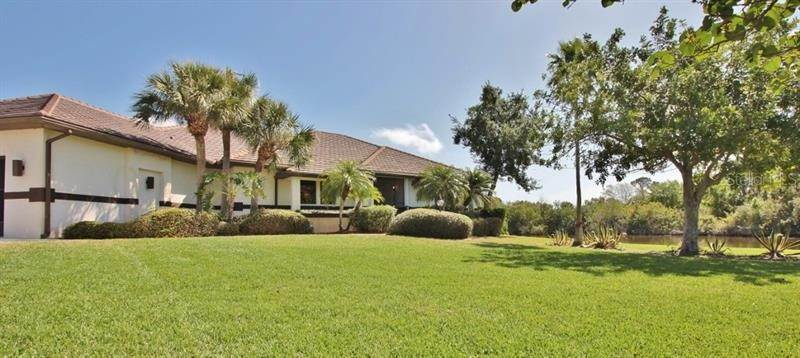 14. Single Family Homes for Sale at 250 & 260 CORAL CREEK DRIVE Placida, Florida 33946 United States