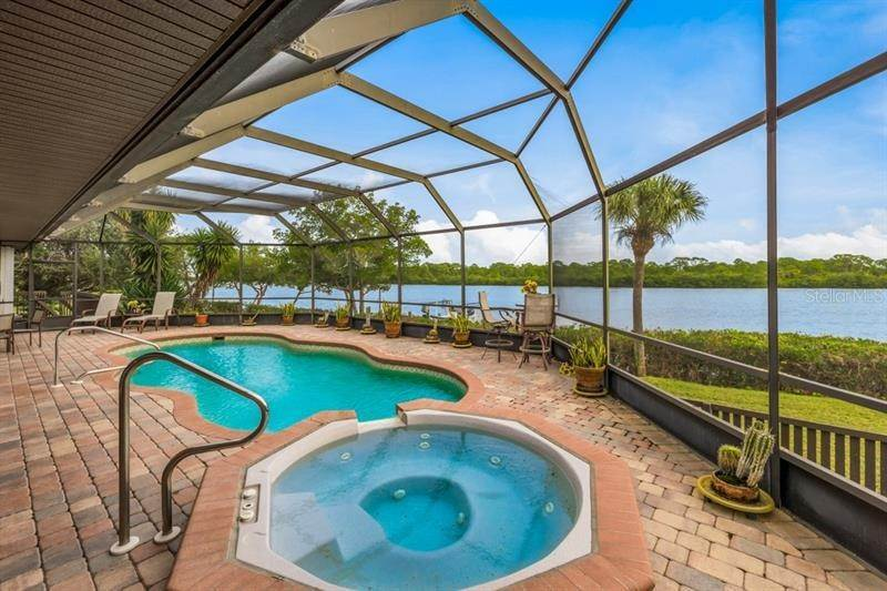 7. Single Family Homes for Sale at 250 & 260 CORAL CREEK DRIVE Placida, Florida 33946 United States
