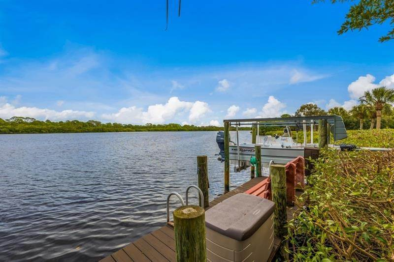 8. Single Family Homes for Sale at 250 & 260 CORAL CREEK DRIVE Placida, Florida 33946 United States