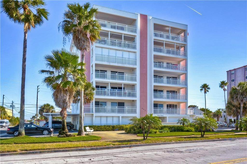 Condominiums en 555 GULF WAY 6S St. Pete Beach, Florida 33706 Estados Unidos