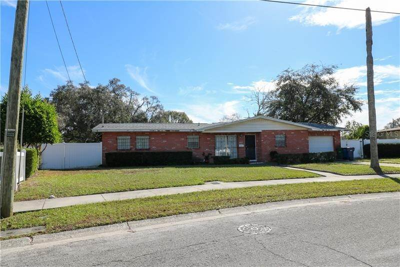 Single Family Homes for Sale at 1907 HEATHER AVENUE Tampa, Florida 33612 United States
