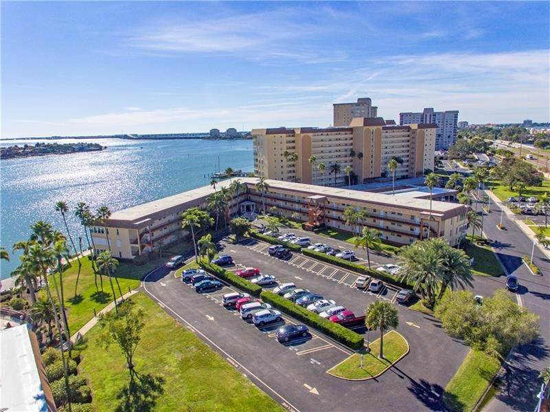 2. Condominiums for Sale at 5020 BRITTANY DRIVE S 322 St. Petersburg, Florida 33715 United States