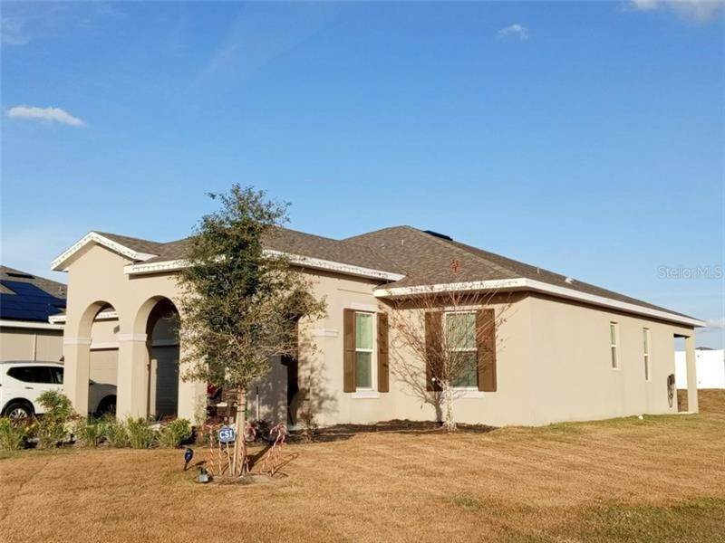 Single Family Homes for Sale at 37050 SCENIC RIDGE DRIVE Grand Island, Florida 32735 United States