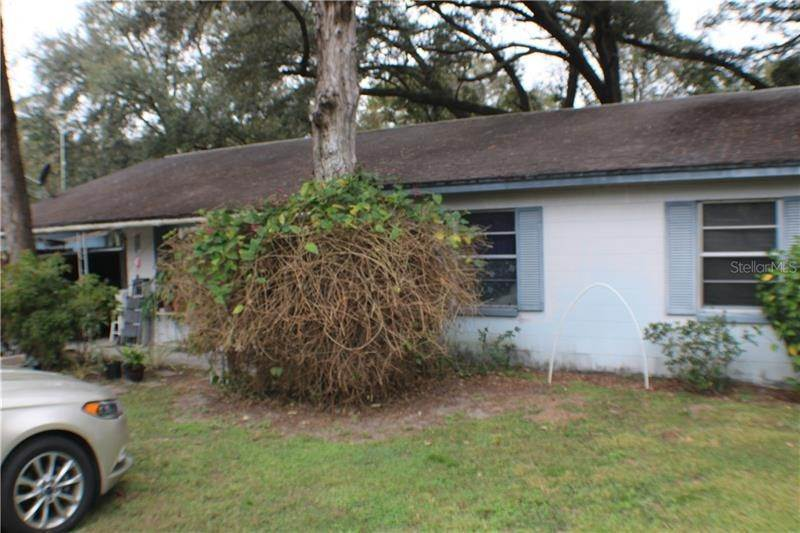Single Family Homes for Sale at 40203 PRETTY REDBIRD ROAD Zephyrhills, Florida 33540 United States