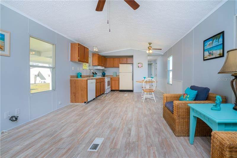 5. Mobile Homes for Sale at 7607 RATAN CIRCLE Port Charlotte, Florida 33981 United States