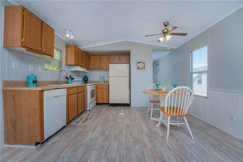 6. Mobile Homes for Sale at 7607 RATAN CIRCLE Port Charlotte, Florida 33981 United States