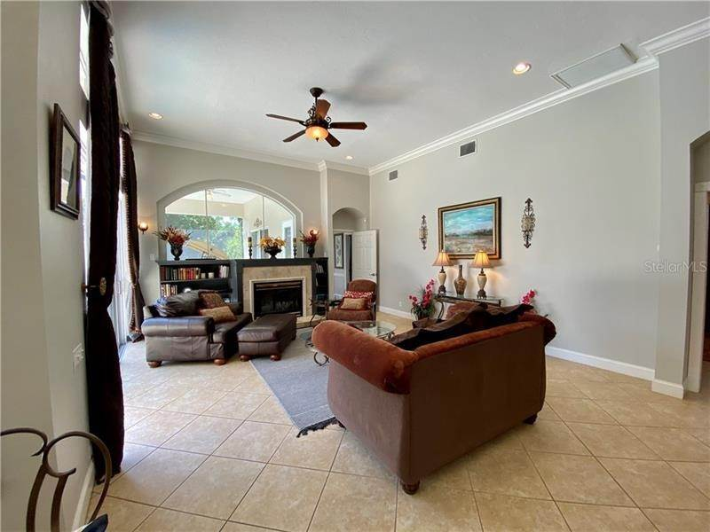 12. Single Family Homes for Sale at 6915 CUMBERLAND TERRACE University Park, Florida 34201 United States