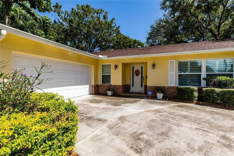1. Single Family Homes for Sale at 5281 VENETIAN BOULEVARD NE St. Petersburg, Florida 33703 United States