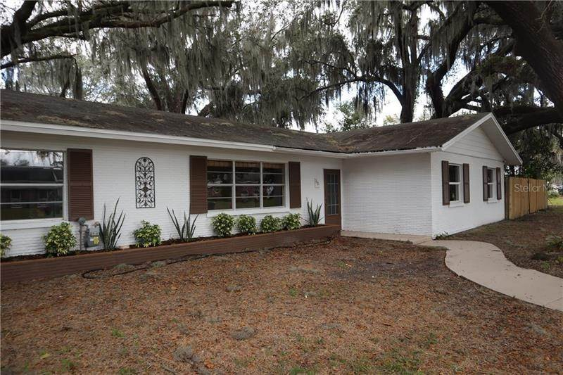 3. Single Family Homes for Sale at 840 BEARCREEK DRIVE Bartow, Florida 33830 United States