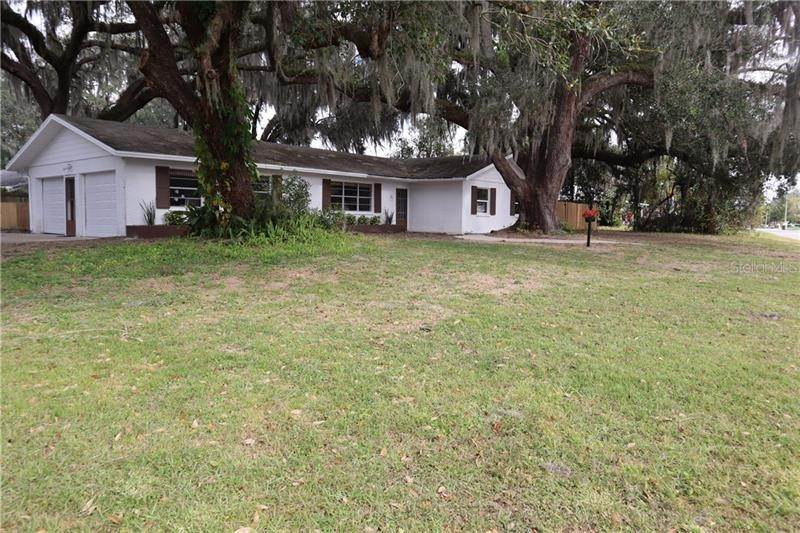 4. Single Family Homes for Sale at 840 BEARCREEK DRIVE Bartow, Florida 33830 United States
