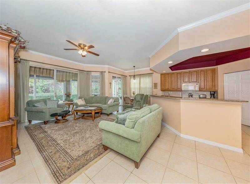 10. Condominiums for Sale at 1000 IBIS WAY 102 Venice, Florida 34292 United States