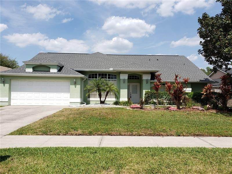 Single Family Homes en 1012 MOCCASIN RUN ROAD Oviedo, Florida 32765 Estados Unidos