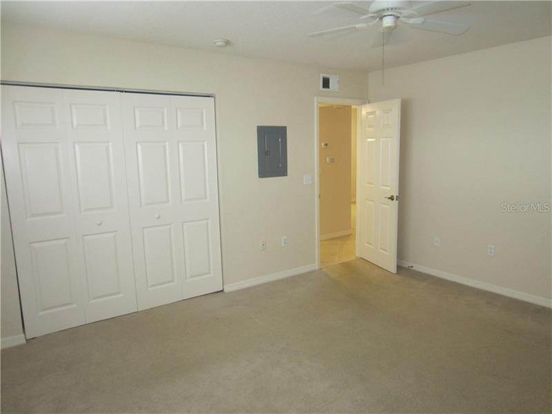 8. Condominiums for Sale at 6100 GULFPORT BOULEVARD S 414 Gulfport, Florida 33707 United States
