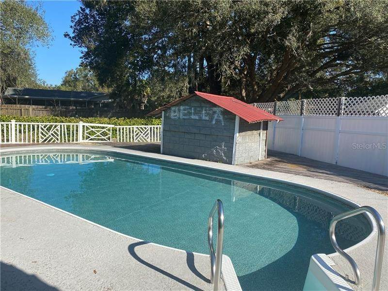 4. Single Family Homes for Sale at 1 EMERALD RUN Ocala, Florida 34472 United States