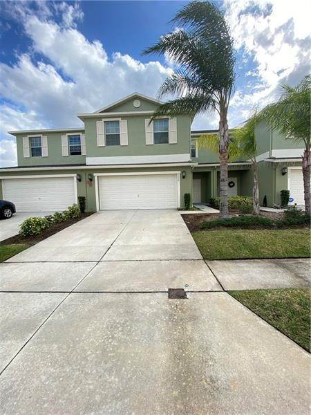 3. townhouses at 3249 RODRICK CIRCLE Orlando, Florida 32824 United States