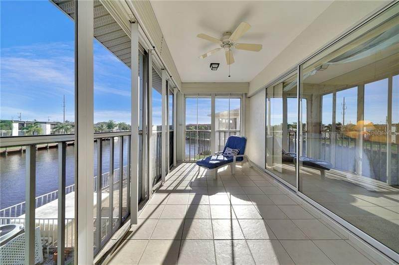 19. Condominiums for Sale at 108 SE 47TH STREET 202 Cape Coral, Florida 33904 United States