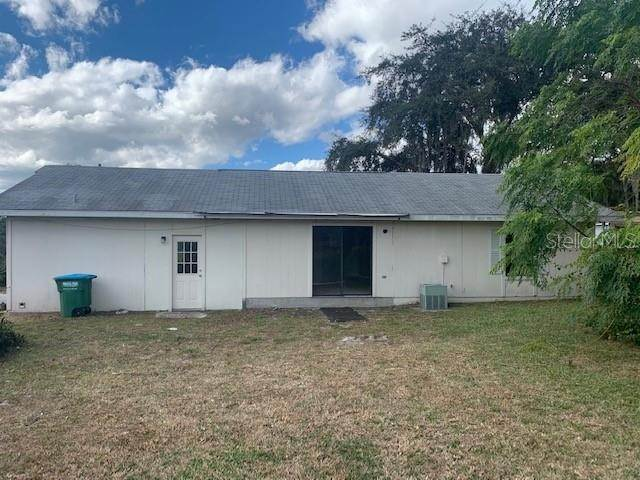 2. Single Family Homes for Sale at 289 CHAMPLAIN DRIVE Deltona, Florida 32725 United States