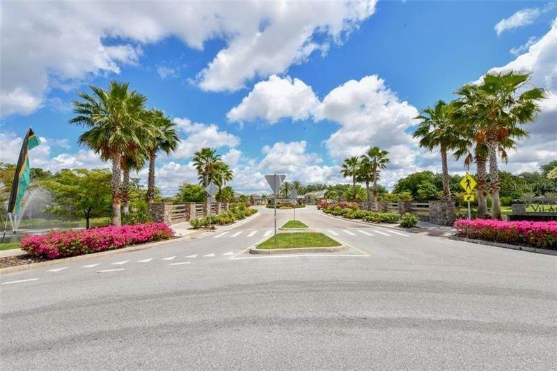 3. Single Family Homes for Sale at 4820 VASCA DRIVE Sarasota, Florida 34240 United States