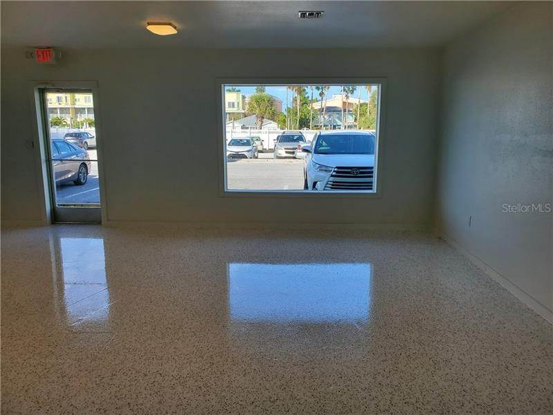 5. Commercial for Sale at 101 7TH STREET N 107 Bradenton Beach, Florida 34217 United States