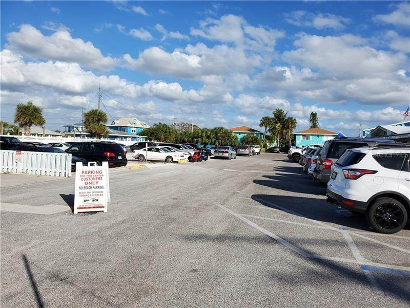7. Commercial for Sale at 101 7TH STREET N 107 Bradenton Beach, Florida 34217 United States