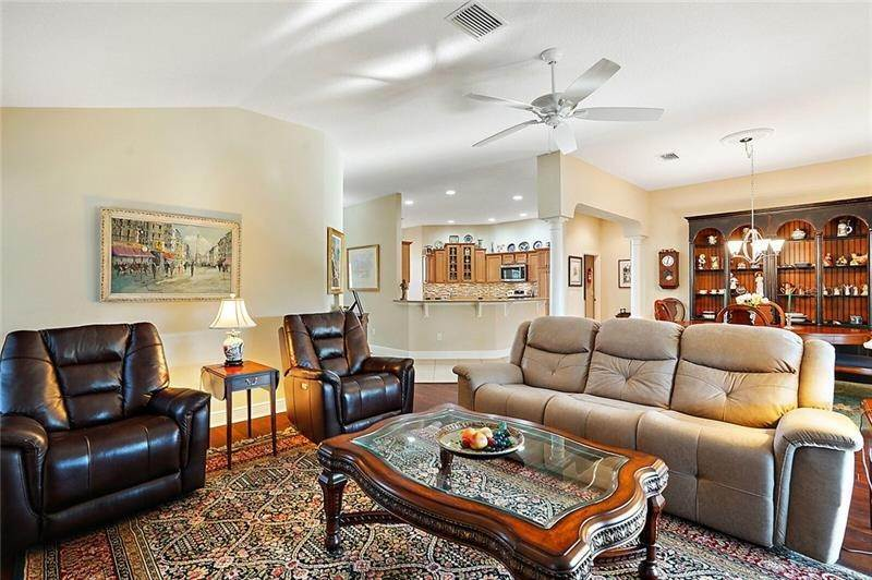 10. Single Family Homes for Sale at 2477 MAVERICK WAY The Villages, Florida 32162 United States
