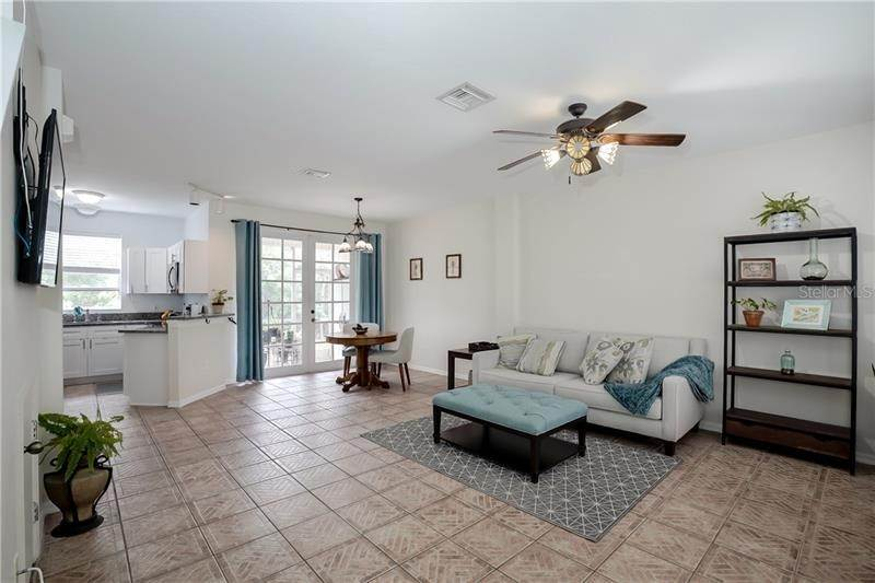 3. townhouses for Sale at 13630 FOREST LAKE DRIVE Largo, Florida 33771 United States