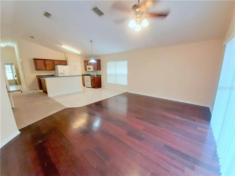 12. Single Family Homes at 7804 BRISTOL PARK DRIVE Apollo Beach, Florida 33572 United States
