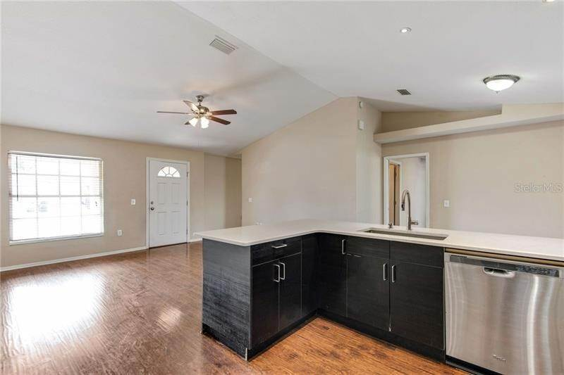 10. Single Family Homes for Sale at 1060 FORREST DRIVE Bartow, Florida 33830 United States
