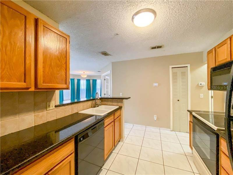 7. Condominiums for Sale at 1141 EXCELLER COURT 105 Casselberry, Florida 32707 United States