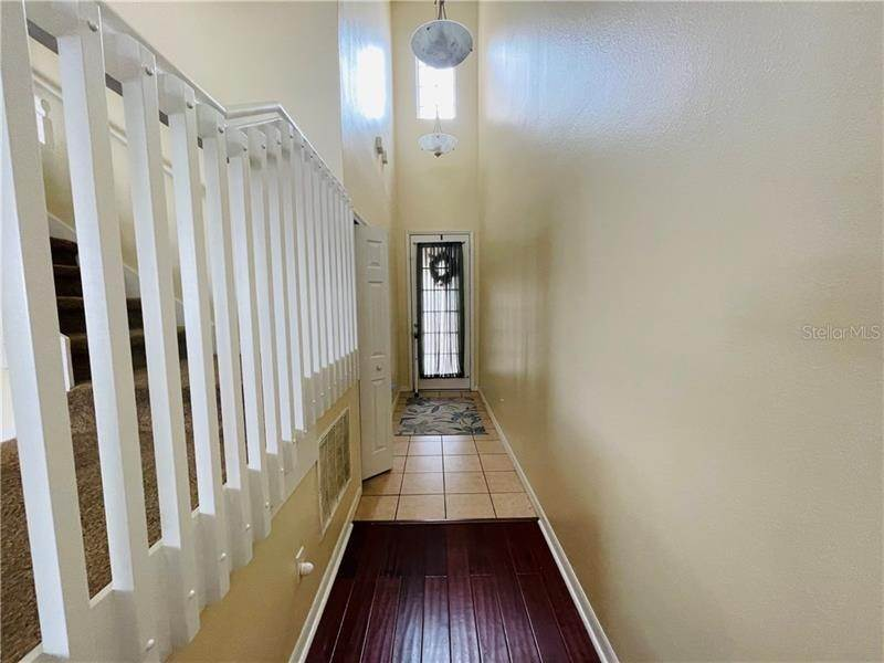 4. townhouses for Sale at 6106 CHAPLEDALE DRIVE Orlando, Florida 32829 United States