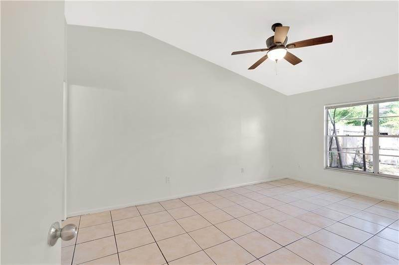 16. townhouses for Sale at 7718 GULF COURT Temple Terrace, Florida 33637 United States