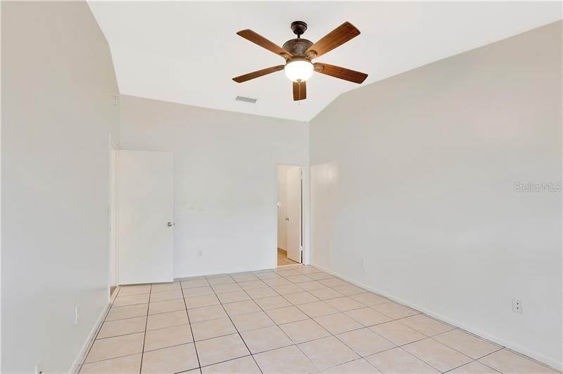 17. townhouses for Sale at 7718 GULF COURT Temple Terrace, Florida 33637 United States