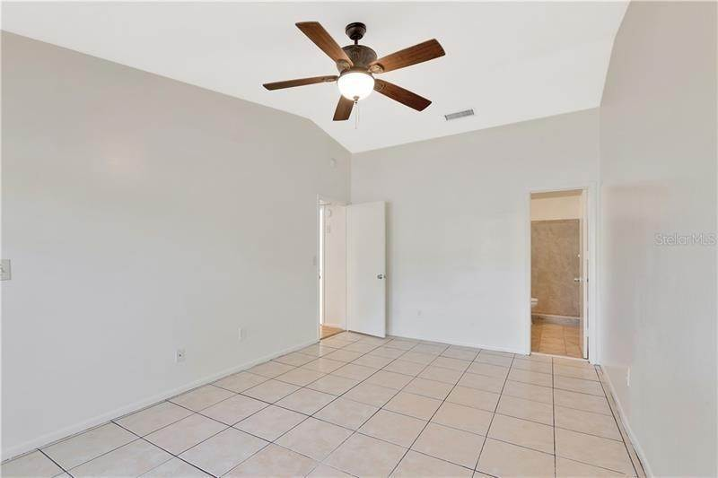 18. townhouses for Sale at 7718 GULF COURT Temple Terrace, Florida 33637 United States